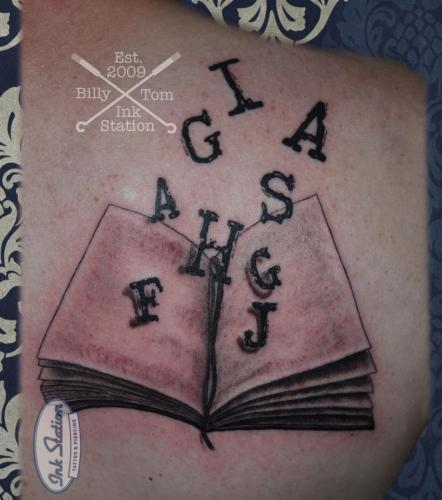 Blackandgrey tattoo stuttgart ink station 0711 inked fineline book lettering schrift text) (1)