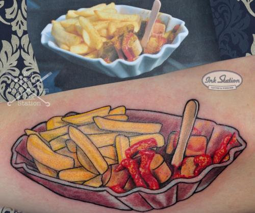 currywurst pommes curry pomfrit Old New School Tattoo Stuttgart Ink Station 0711 Colored (39)