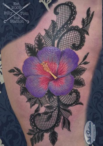 hybiskus realistic colored Tattoo stuttgart taetowierung 0711 fineline inkstation inked backpeace inkstationtattoo