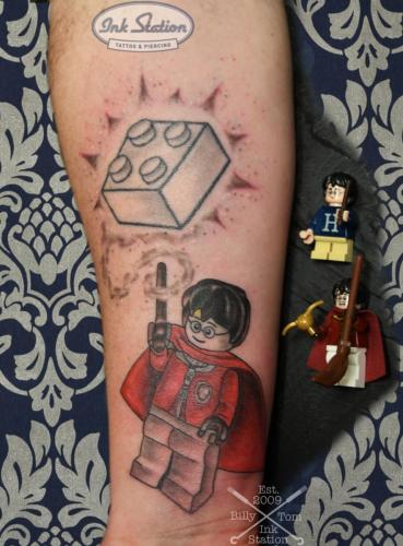 lego harry potter ink station Tattoo Piercing stuttgart taetowierung 0711 fineline (1)