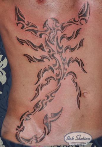 moko polinesisch tattoo maori the rock lines blackwork tattoo stuttgart ink station stuttgart taetowierung 0711 inked.jpg (15)