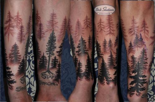 tree bäume blackwork staystrong blackforest schwarzwald tannen tattoowierung tattoo stuttgart blaclandgrey taetowierung taetoo